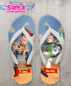 Chinelo infantil toy story woody e buzz cod 3551