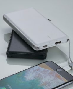Power bank plástico slim com indicador led personalizado cod 02033